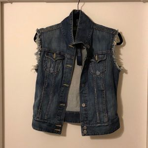 Lucky Jeans Vest with Fray. Size SP